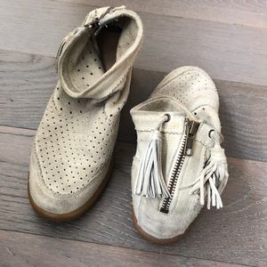 ISABEL MARANT pale grey suede boots with tassels